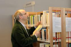 Bibliothèque Durkheim, chercheur de l'IDHE (Institutions et dyna